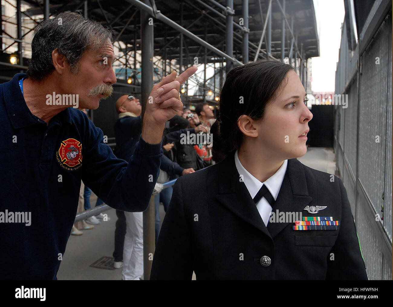 081014-N-1778A-137 NEW YORK (Oct. 13, 2008) Air Traffic Controller Airman Stephanie Goldstein, embarked aboard the - Stock Image