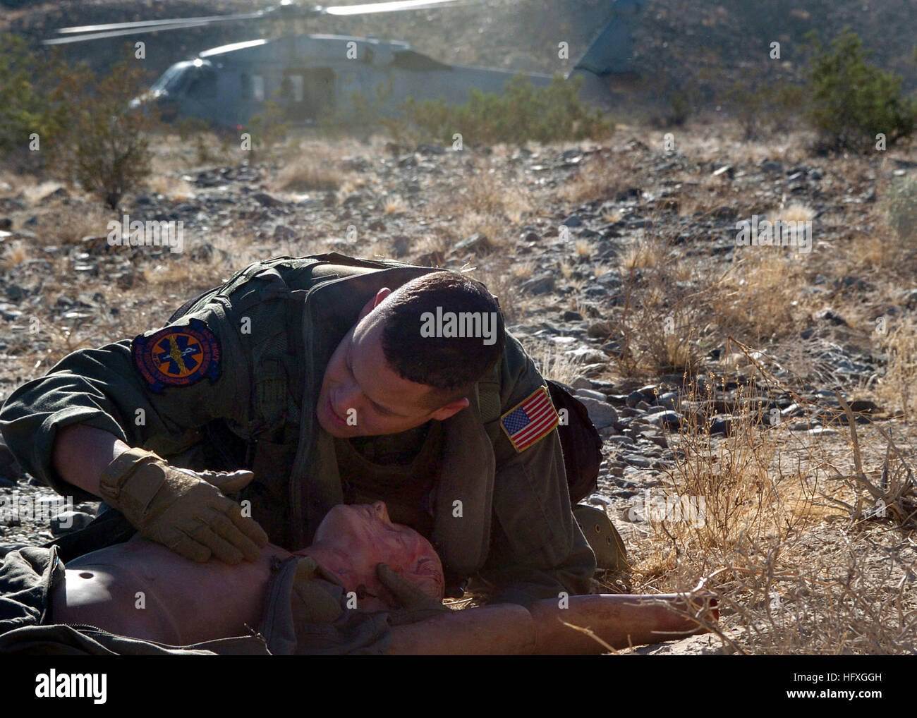 051129-N-6901L-127 El Centro, Calif. (Nov. 29, 2005) -  Hospital Corpsman 2nd Class K.J. Griffin, assigned to Helicopter - Stock Image