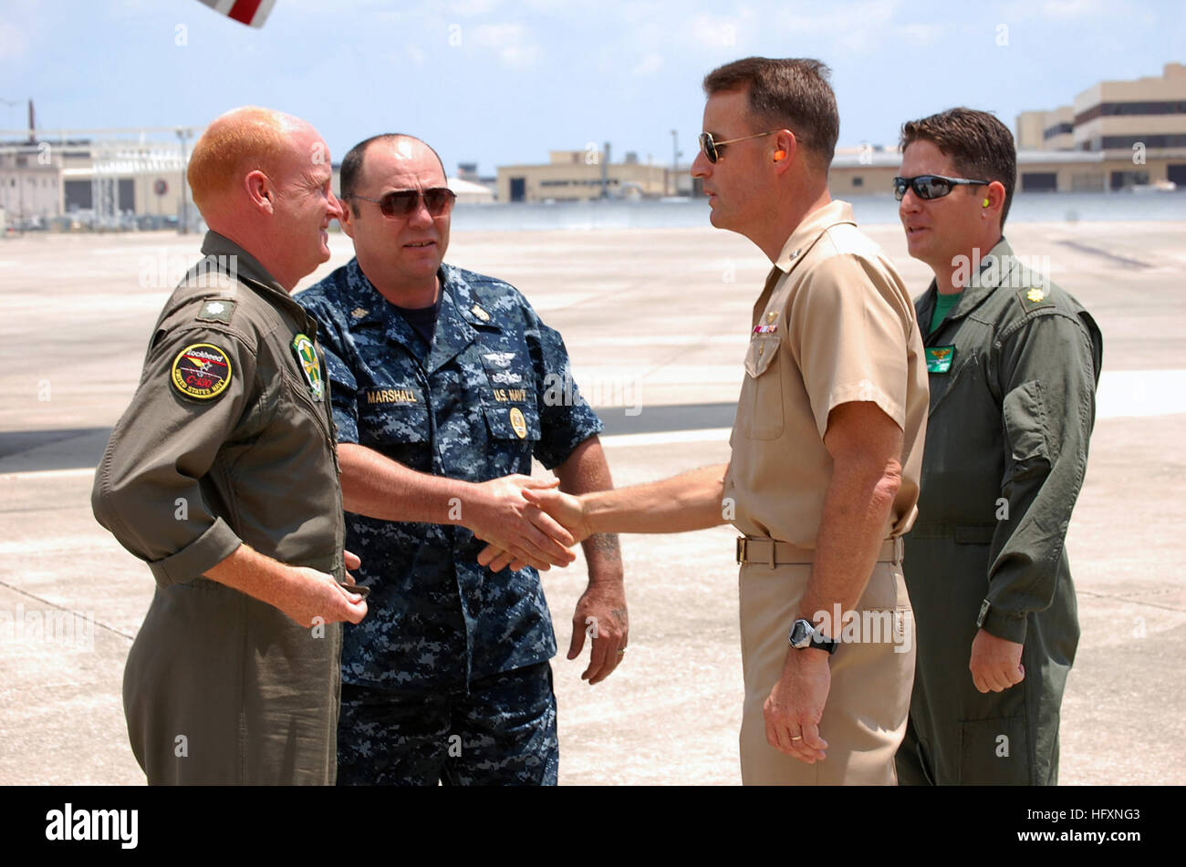 090725-N-3887D-057 JACKSONVILLE, Fla. (July 25, 2009) Capt. Jack Scorby, commanding officer of Naval Air Station - Stock Image