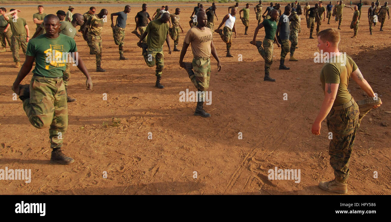 100413-N-6138K-442 THIES, Senegal (April 13, 2010) U.S. Marines assigned to Security Cooperation Marine Air-Ground - Stock Image
