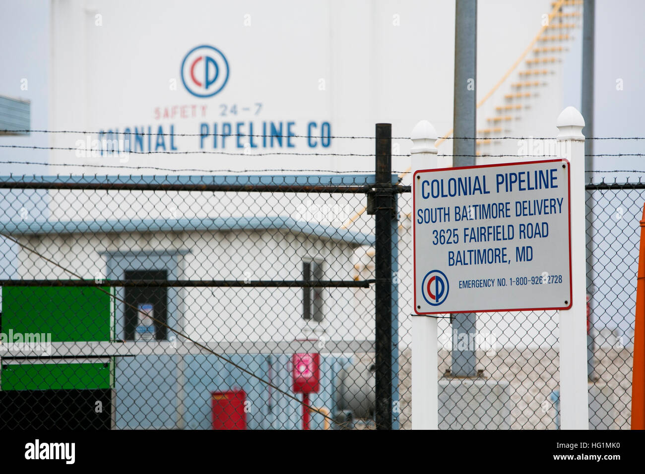 A logo sign outside of a Colonial Pipeline Company facility in Baltimore, Maryland on December 11, 2016. - Stock Image