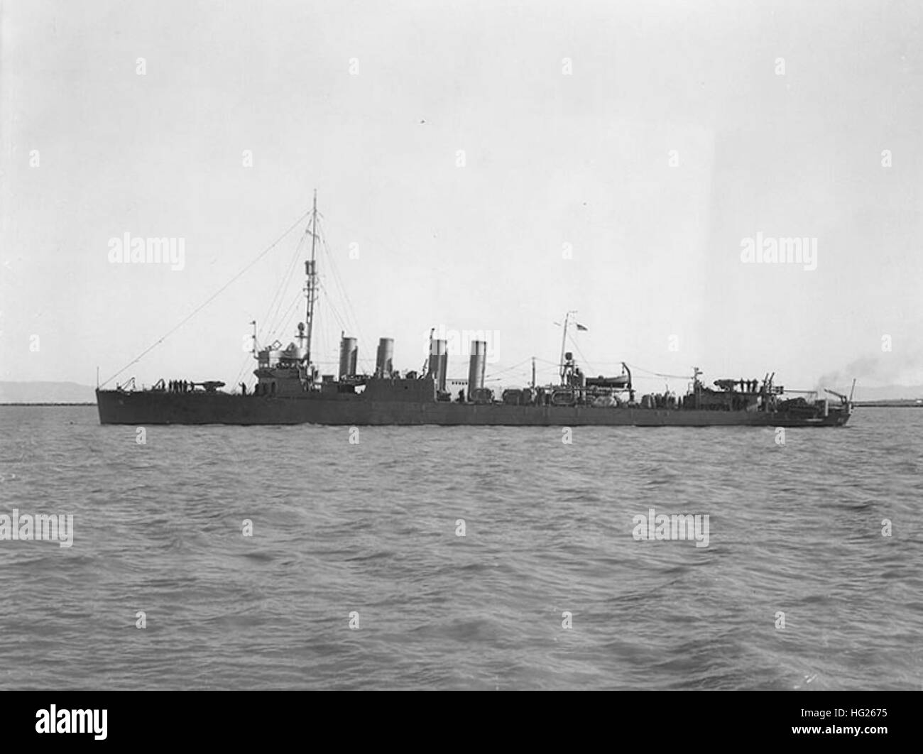 USS Hovey (DMS-11)  Off the Mare Island Navy Yard, California, 7 June 1942. The ship retains her original four tall - Stock Image