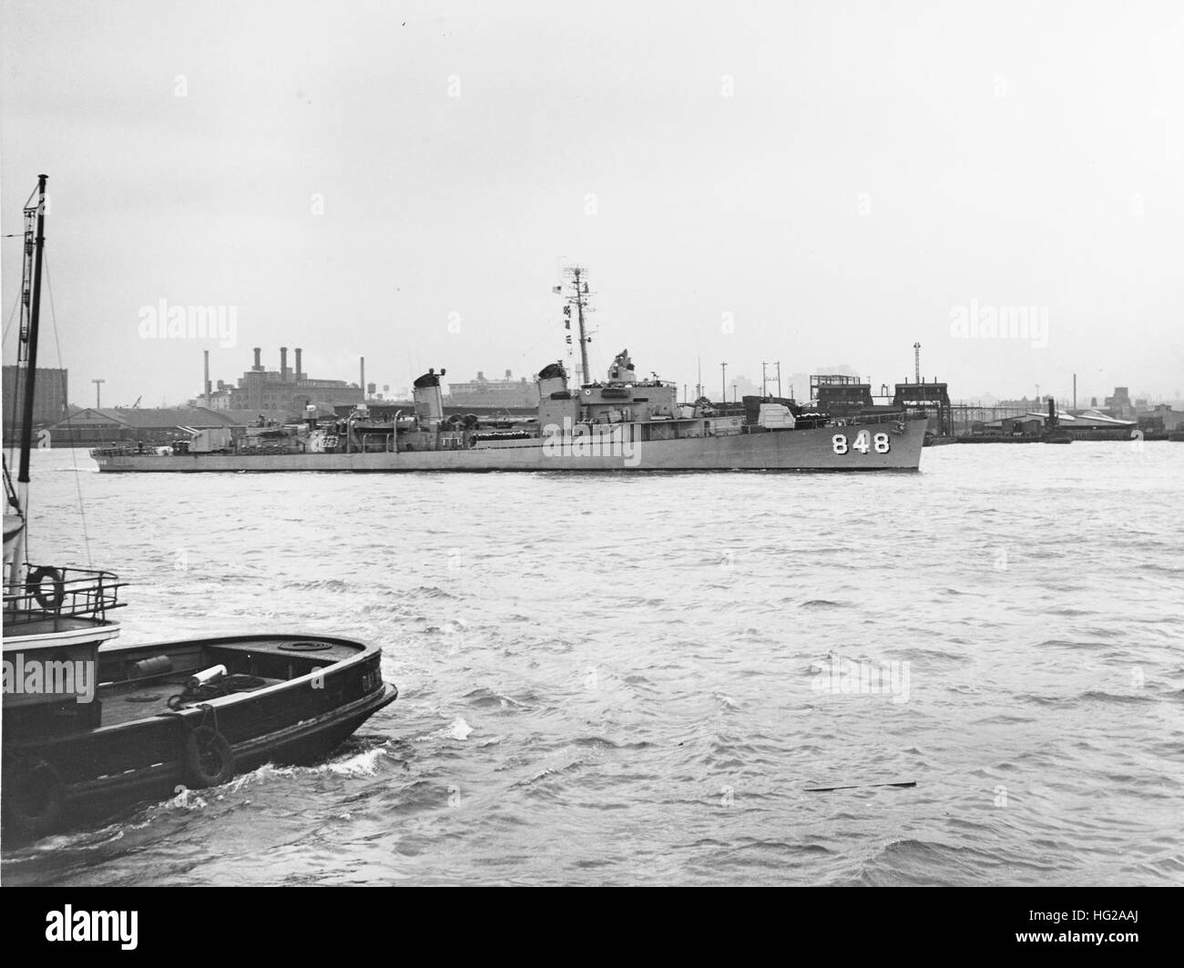USS Witek (DD-848) at New York City in May 1951 - Stock Image