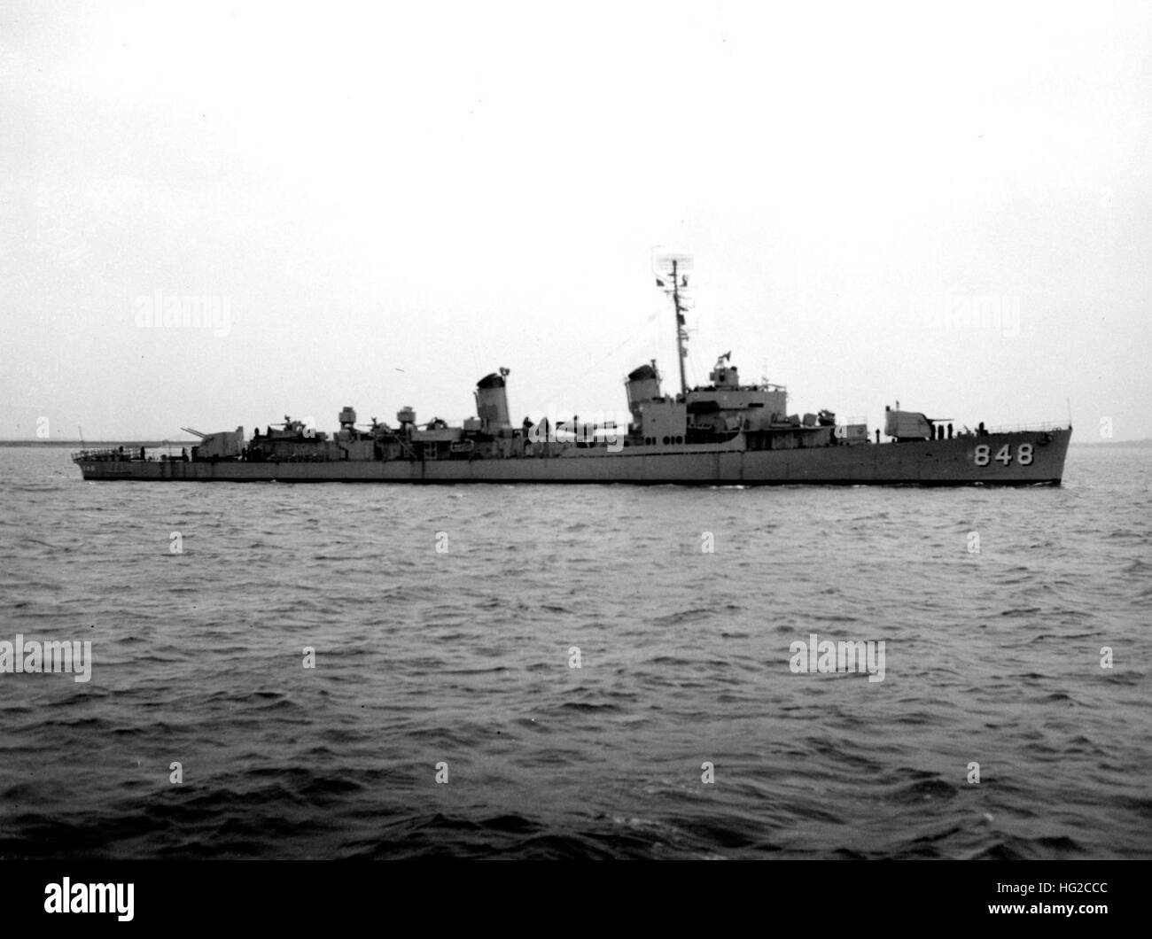 USS Witek (DD-848) underway in November 1950 - Stock Image