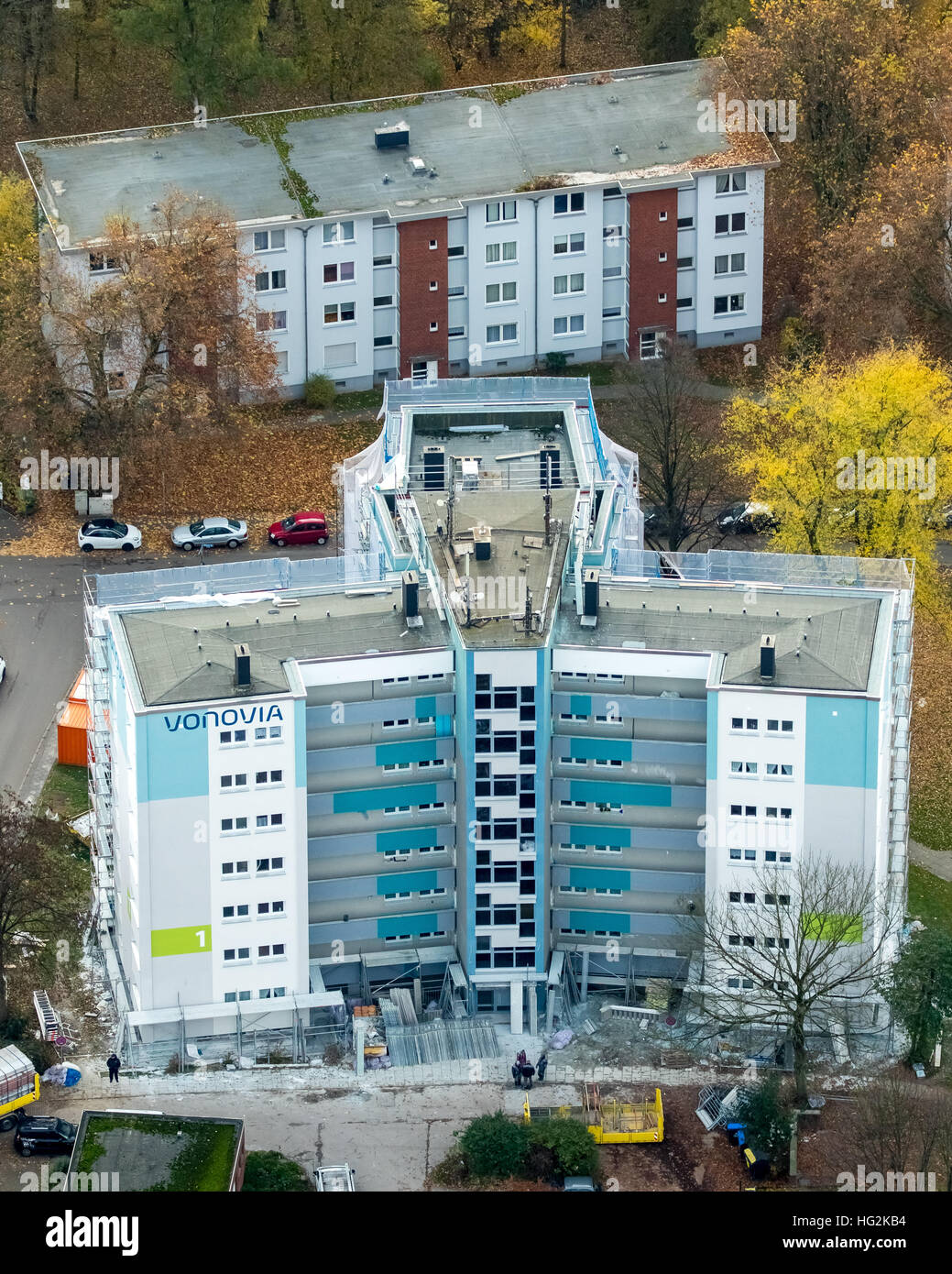 Aerial view, renovations VONOVIA skyscraper and settlement Narcissus Road, social housing, rental housing, Bochum, - Stock Image