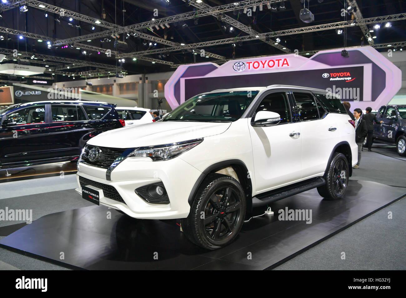 Nonthaburi November 30 Toyota Fortuner Trd Sportivo Car On Stock Photo Alamy