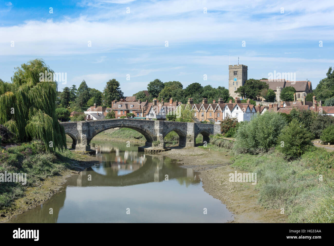 Village view across River Medway, Aylesford, Kent, England, United Kingdom - Stock Image