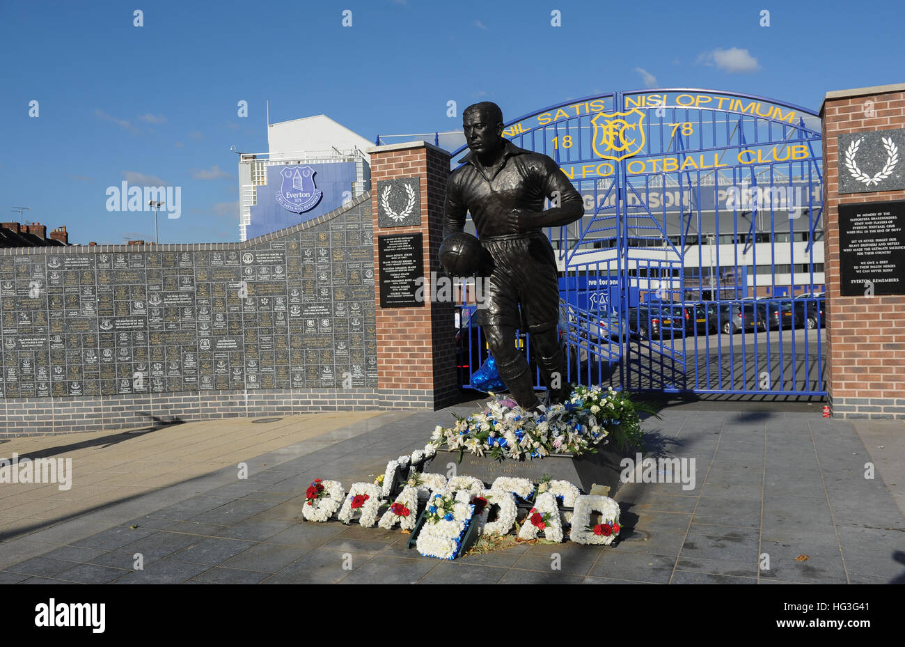 Statue of William Ralph Dixie Dean outside of Everton Football club Stock Photo