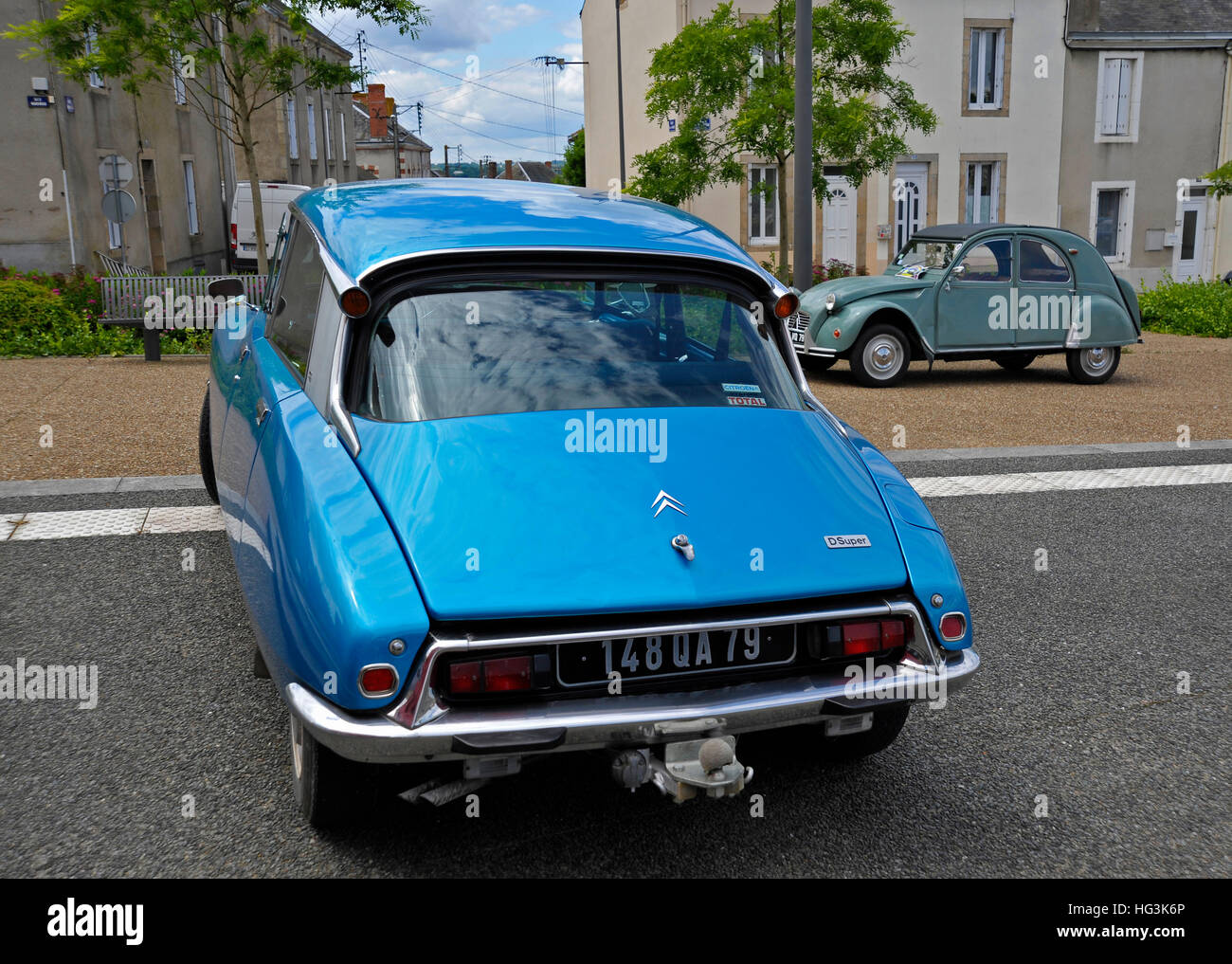 Classic French Cars Stock Photos Images Citroen Ds21 And 2cv Image
