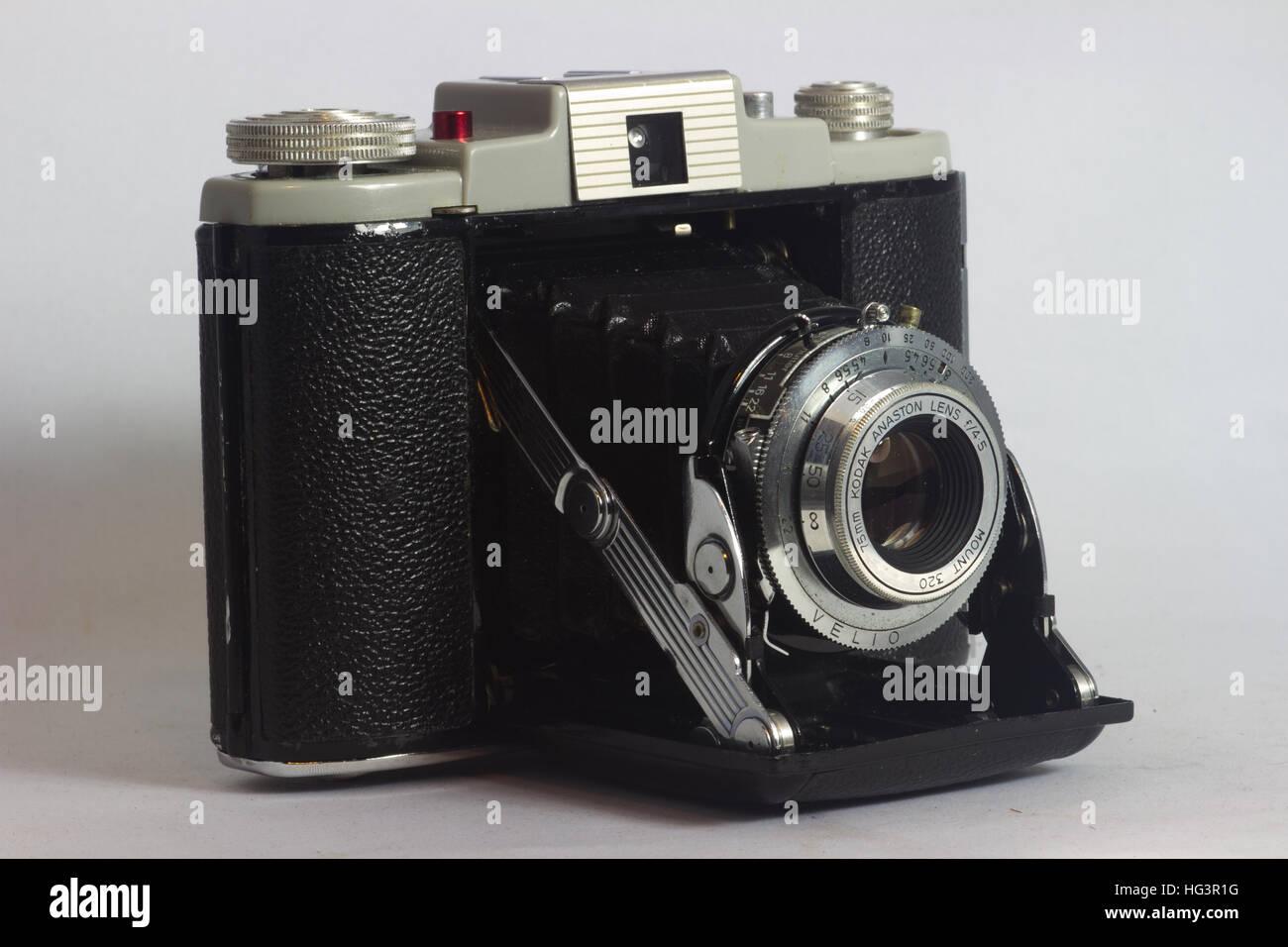 Vintage folding bellows film camera - Stock Image
