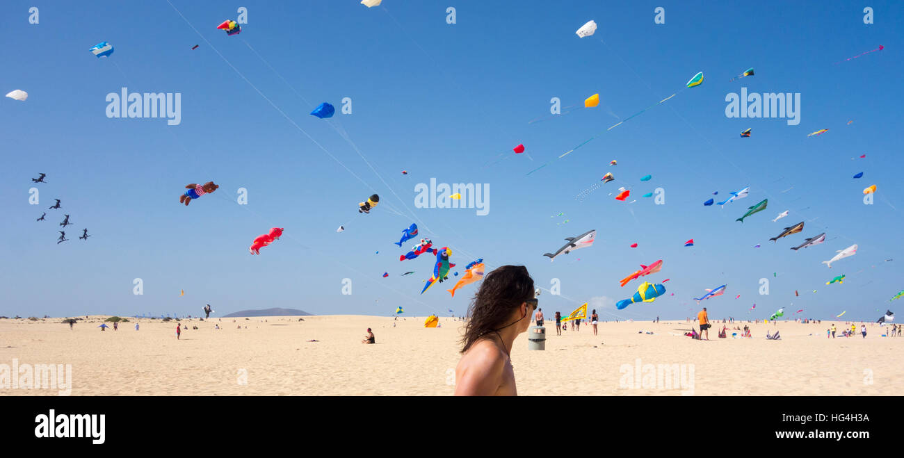Fuerteventura International Kite Festival, El Burro beach, Corralejo, Canary Islands, Spain - Stock Image