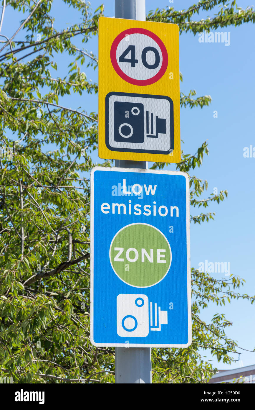 Speed and low emission signs, Great West Road, Brentford, London Borough of Hounslow, Greater London, England, United - Stock Image