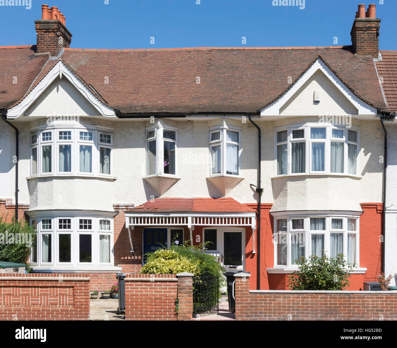 Semi-detached houses on Boston Manor Road, Brentford, London Borough of Hounslow, Greater London, England, United Stock Photo