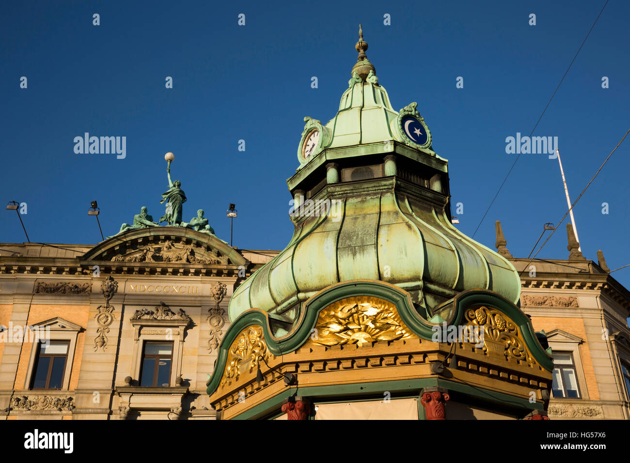 Denmark, Copenhagen, Kongens Nytorv, decorative copper roof of 1896 telephone kiosk designed by architect Fritz - Stock Image