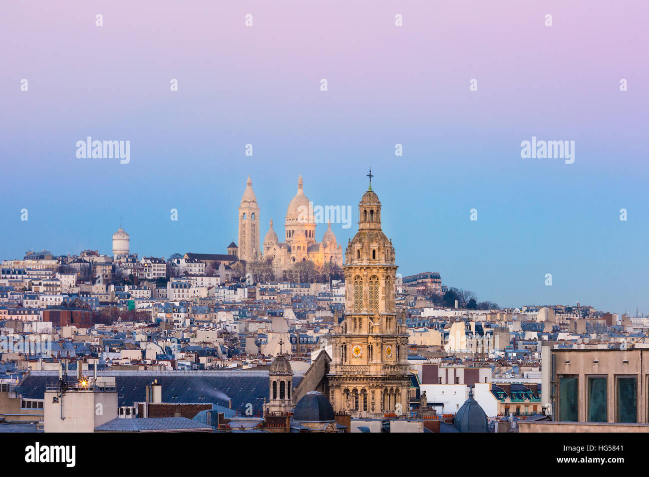 Sacre-Coeur Basilica at sunset in Paris, Fraance Stock Photo