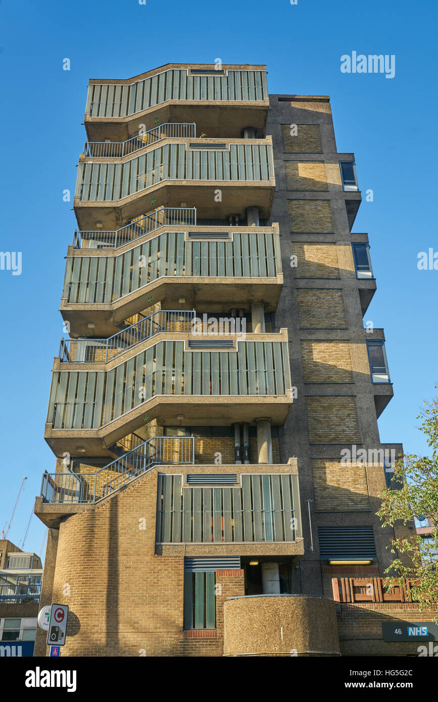1970s social housing.  Council Flats, Elephant and Castle. - Stock Image