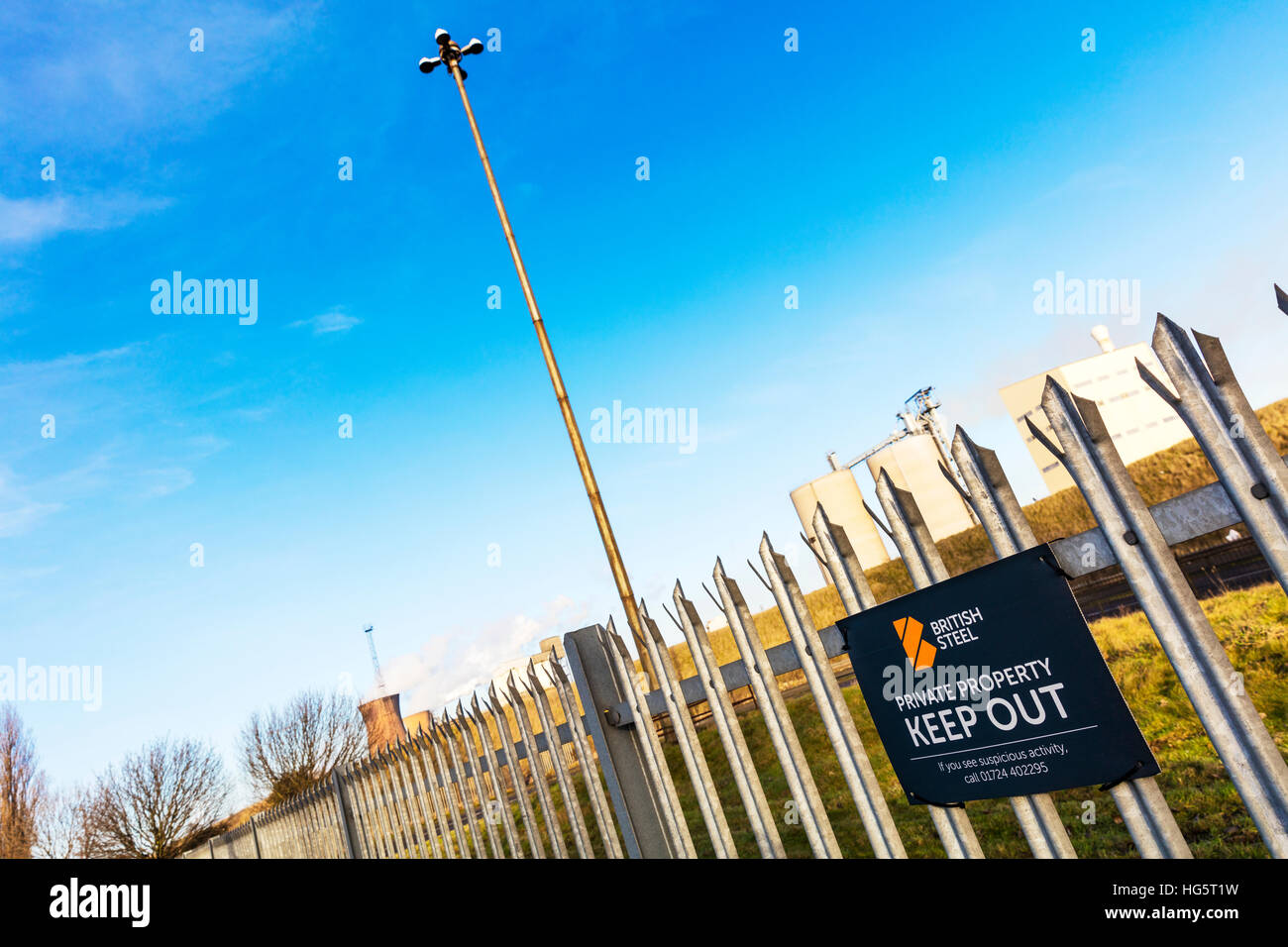 British steel Scunthorpe, Scunthorpe steelworks keep out sign on fence in town in North Lincolnshire, England UK Stock Photo
