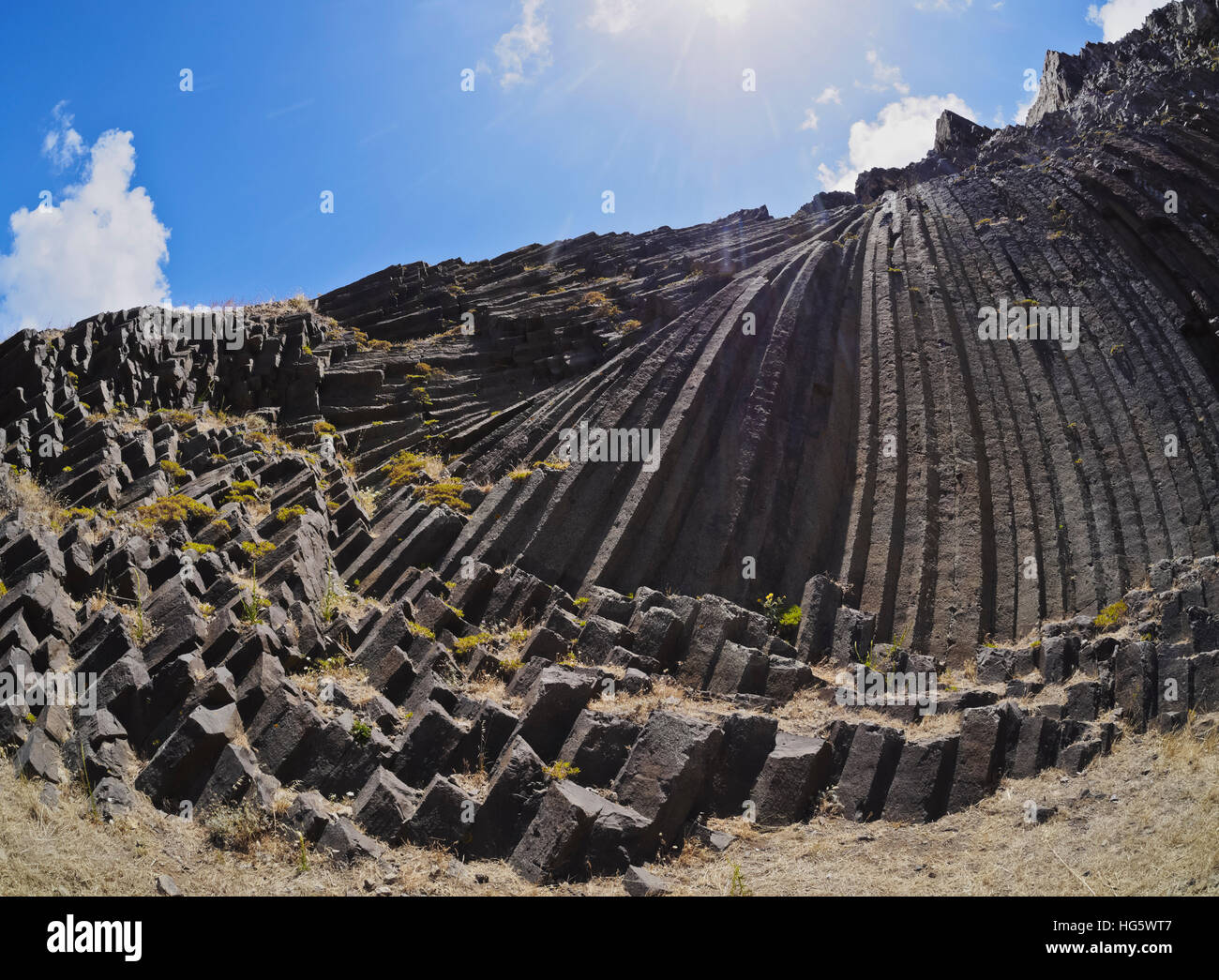 Portugal, Madeira Islands, Porto Santo, Low angle view of the Columnar Disjunction of Pico de Ana Ferreira, rock - Stock Image