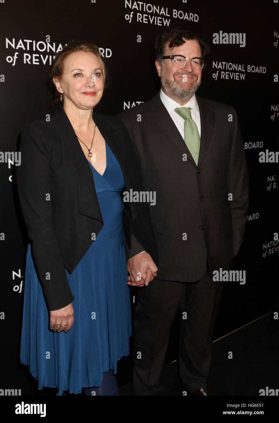 New York, New York, USA. 4th Jan, 2017. Actor KENNETH LONERGAN and his wife J. SMITH-CAMERON attend the 2016 National - Stock Image