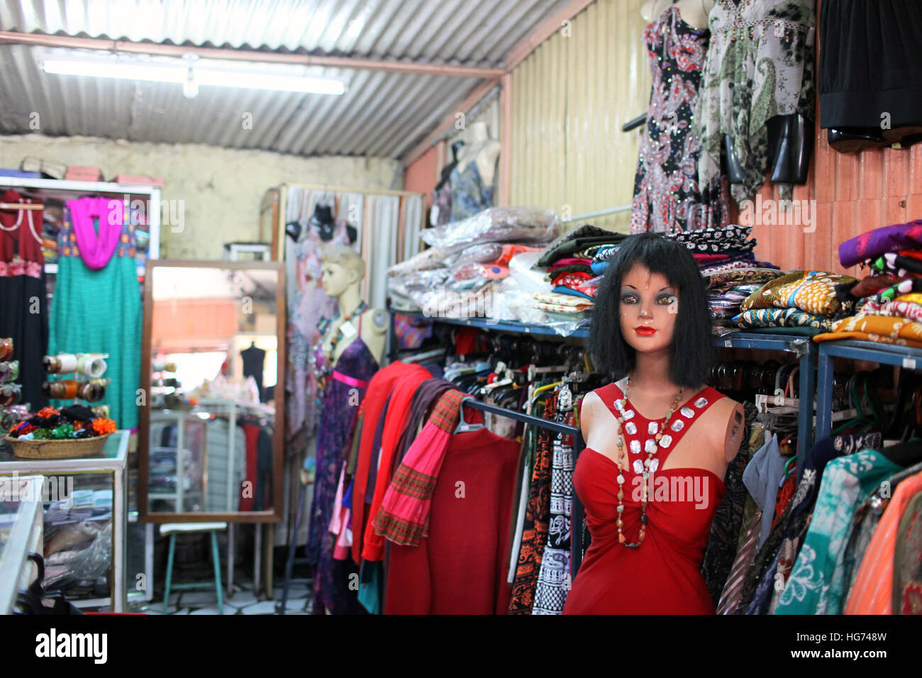 266916a22 Funny Mannequin Stock Photos & Funny Mannequin Stock Images - Alamy