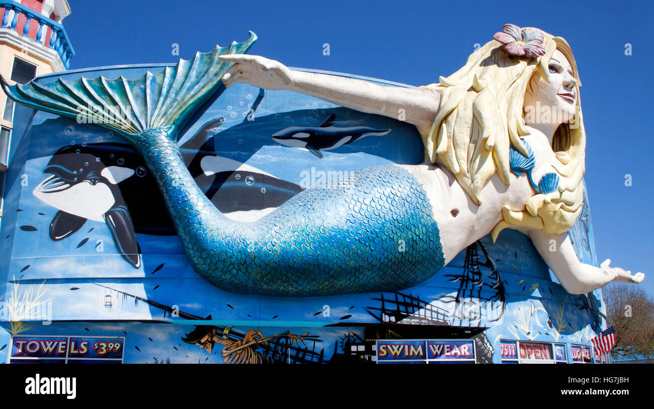 Giant Mermaid at a store in Kissimmee Florida - Stock Image
