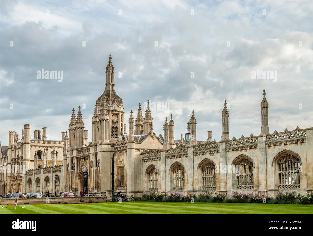 King's College Gate House at the University City Cambridge, England. | King's College Gate House in Cambridge, - Stock Image