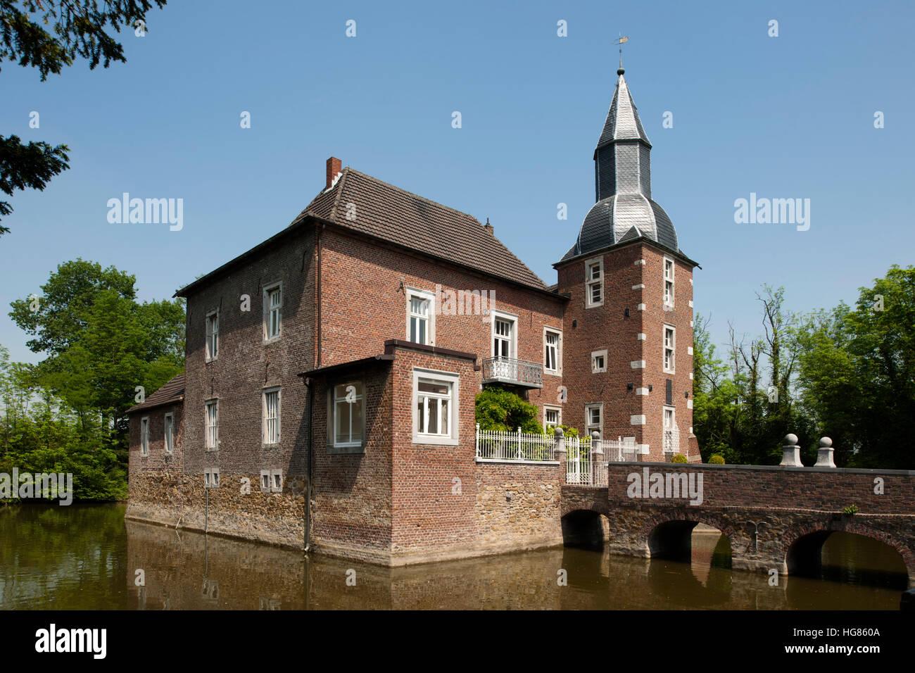 Deutschland, NRW, Städteregion Aachen, Eschweiler, Ortsteil Kinzweiler, Wasserschloss Haus Kambach - Stock Image