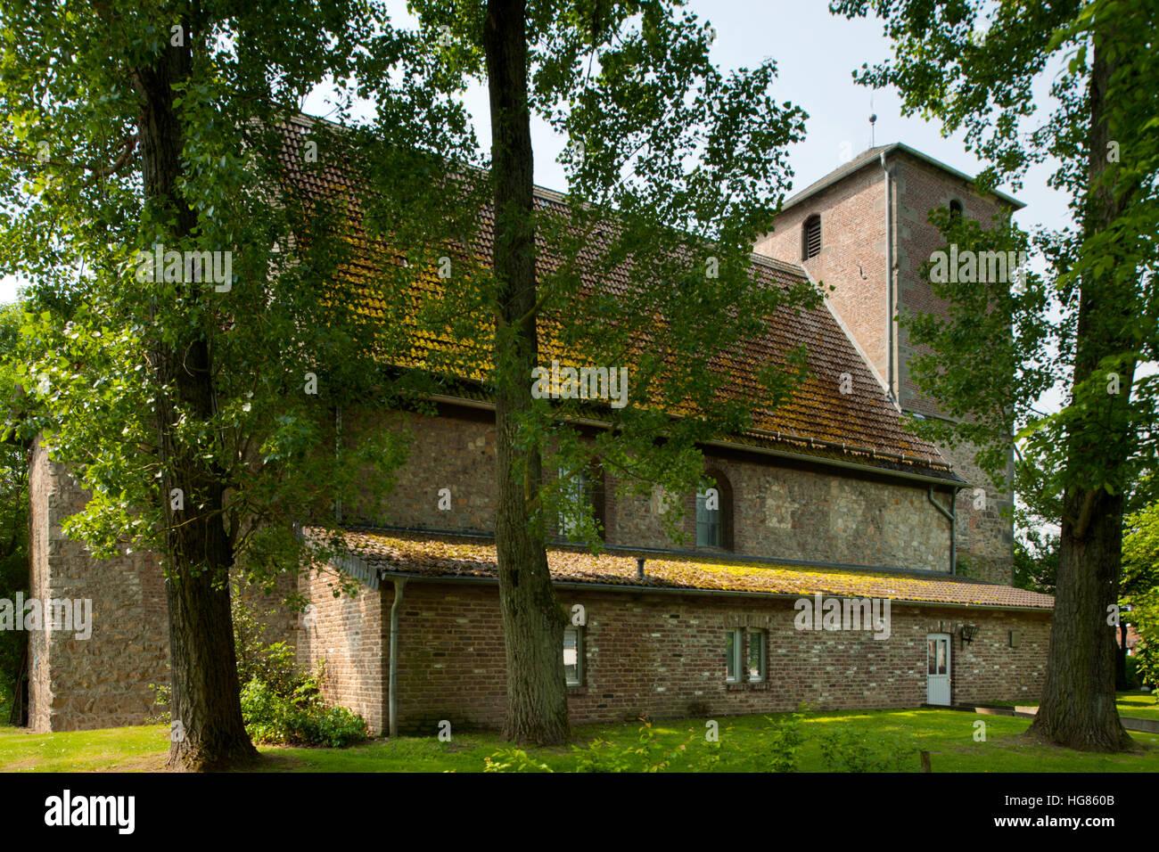 Deutschland, NRW, Städteregion Aachen, Eschweiler, Ortsteil Sankt Jöris, Reste des ehemaligen Zisterzienserinnenklosters - Stock Image