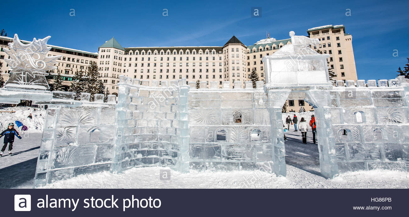 Fairmont Chateau Lake Louise Winter High Resolution Stock Photography And Images Alamy