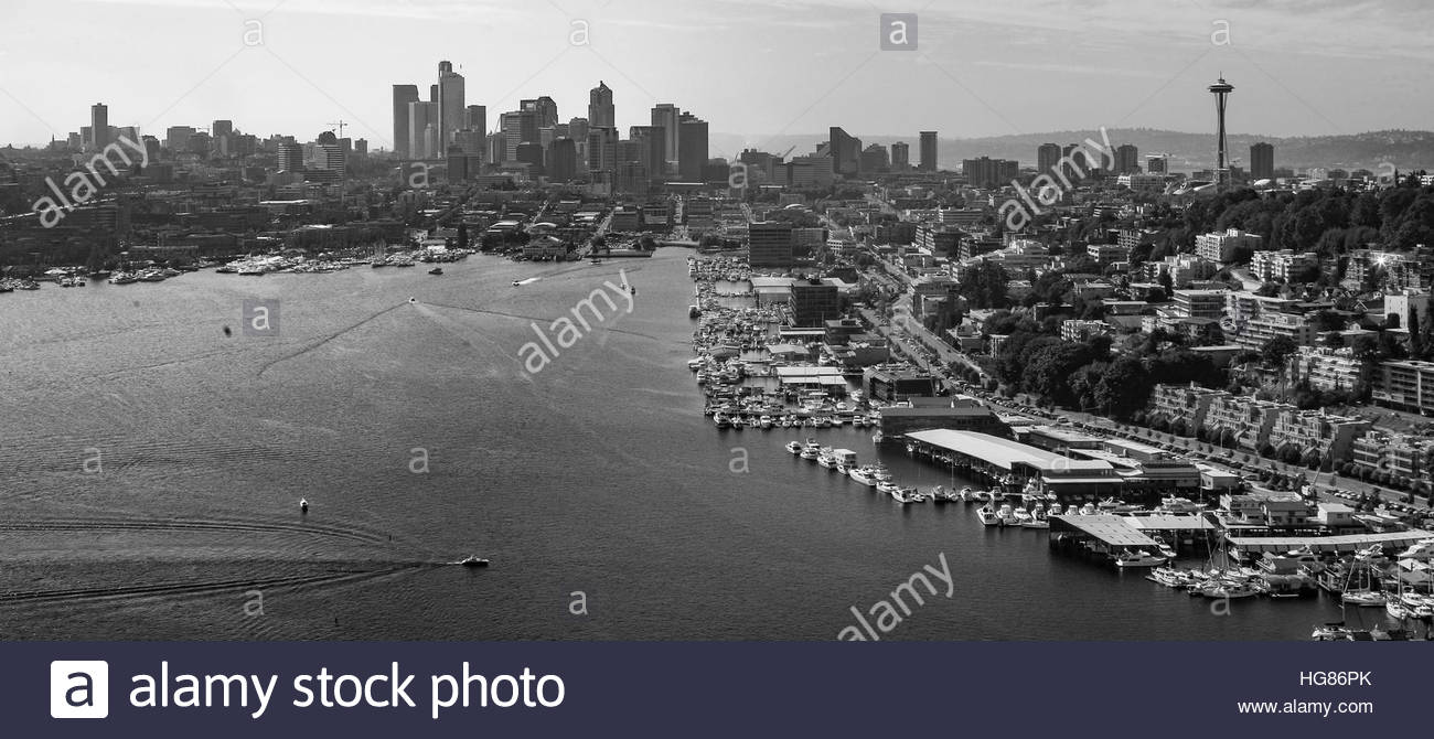 A unique aerial view of Seattle and Lake Union as seen from above Gasworks Park from a float plane - Stock Image