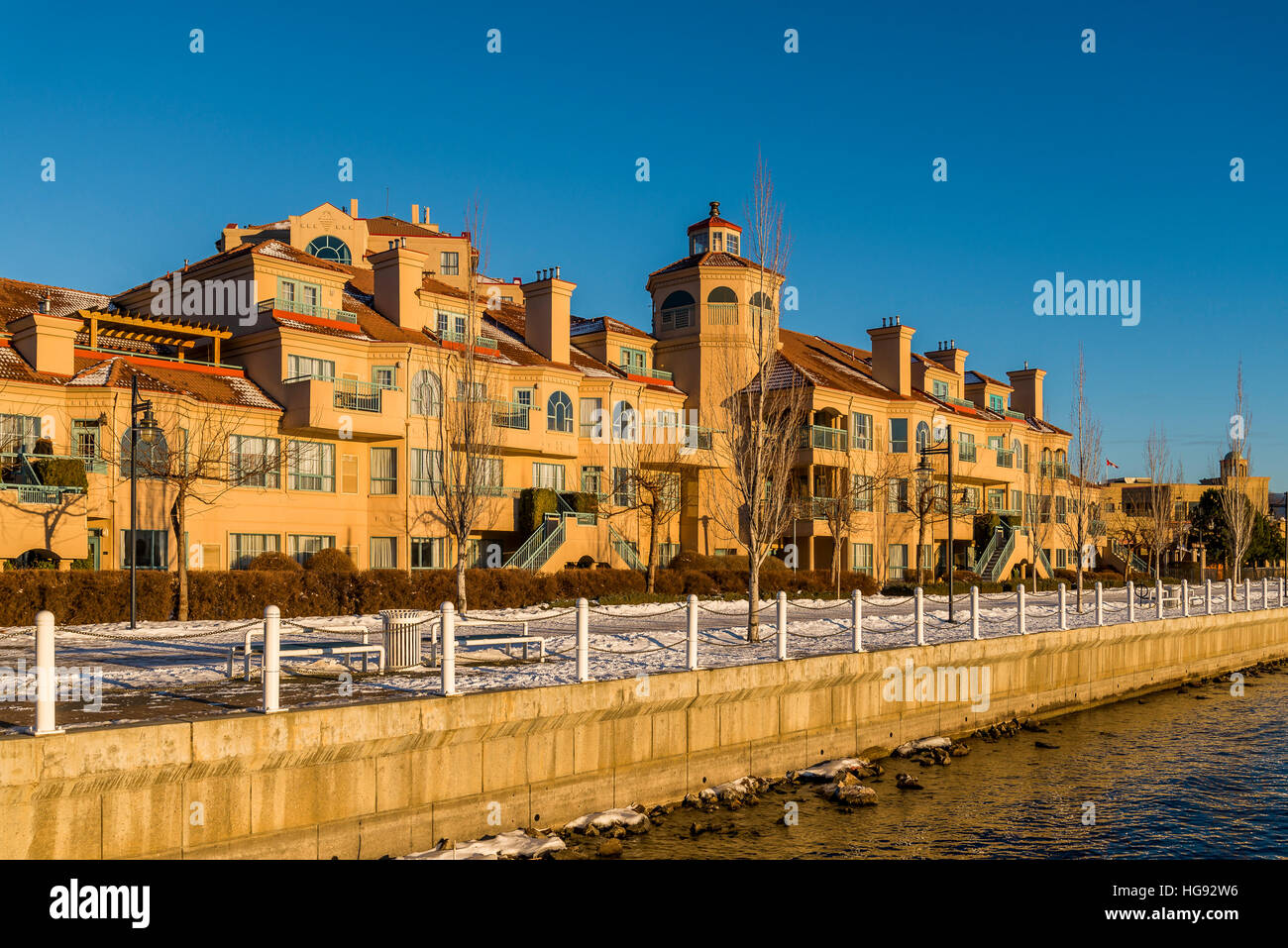 Lakefront resort condos, Kelowna. British Columbia, Canada. - Stock Image