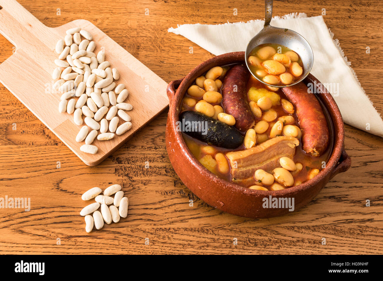 Fabada Asturiana (Asturian bean stew with bacon, sausage and blood sausage) Stock Photo