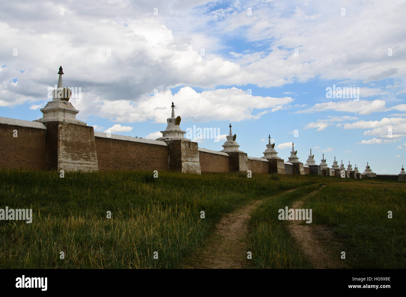 The brick wall topped with 108 pagodas of Erdene Zuu Monastery - Stock Image