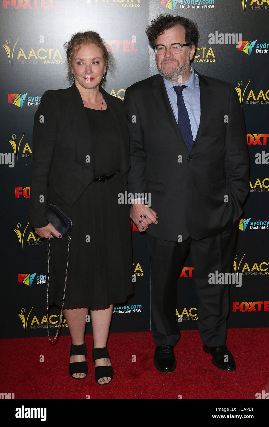 Los Angeles, CA, USA. 6th Jan, 2017. 06 January 2017 - Los Angeles, California - J. Smith-Cameron, Kenneth Lonergan. - Stock Image