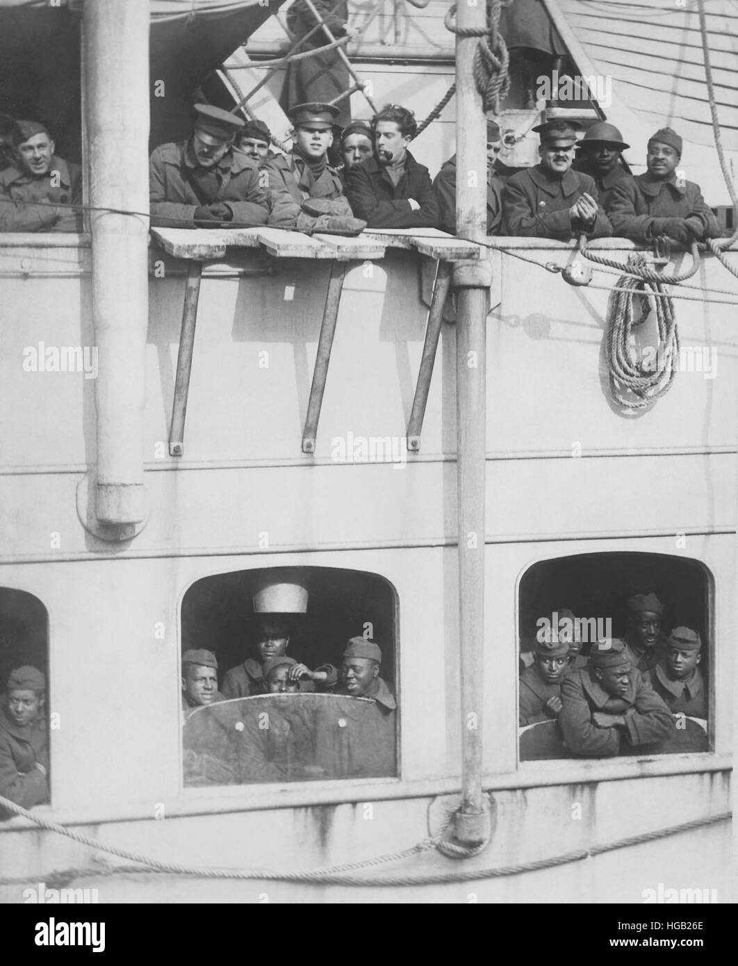 French liner La France arrives with 15th Infantry, Negro fighters. - Stock Image