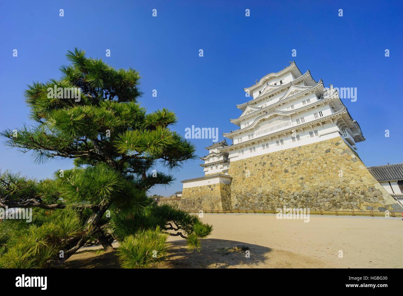 The white Heron castle - Himeji at Kobe, Japan - Stock Image