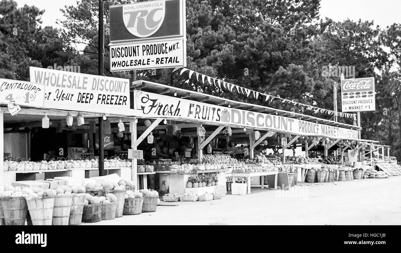 A roadside fruit stand in Florida, USA, 1970 Stock Photo: 130571795