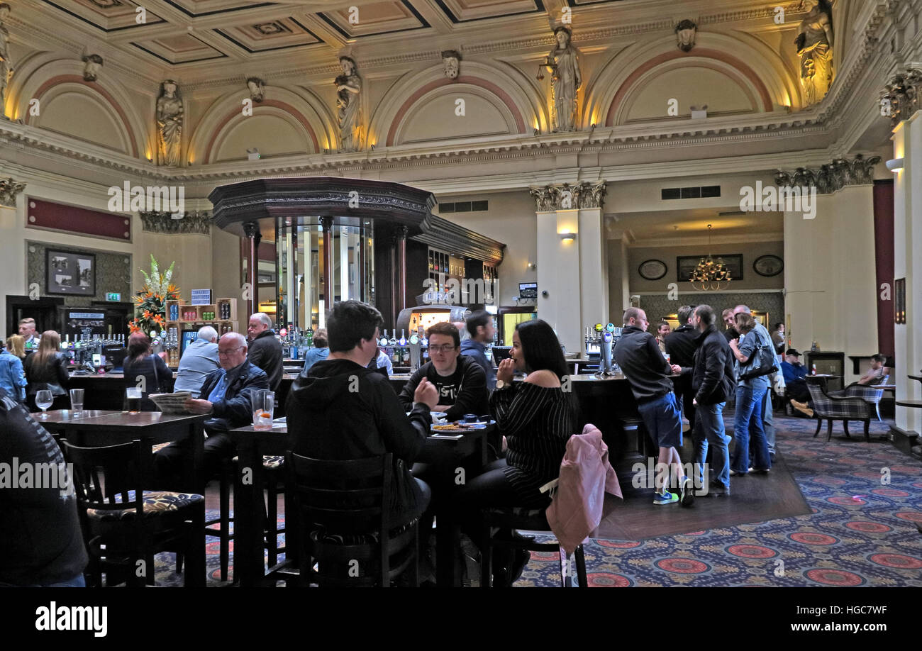 The Counting House Pub, Glasgow,Scotland - Stock Image