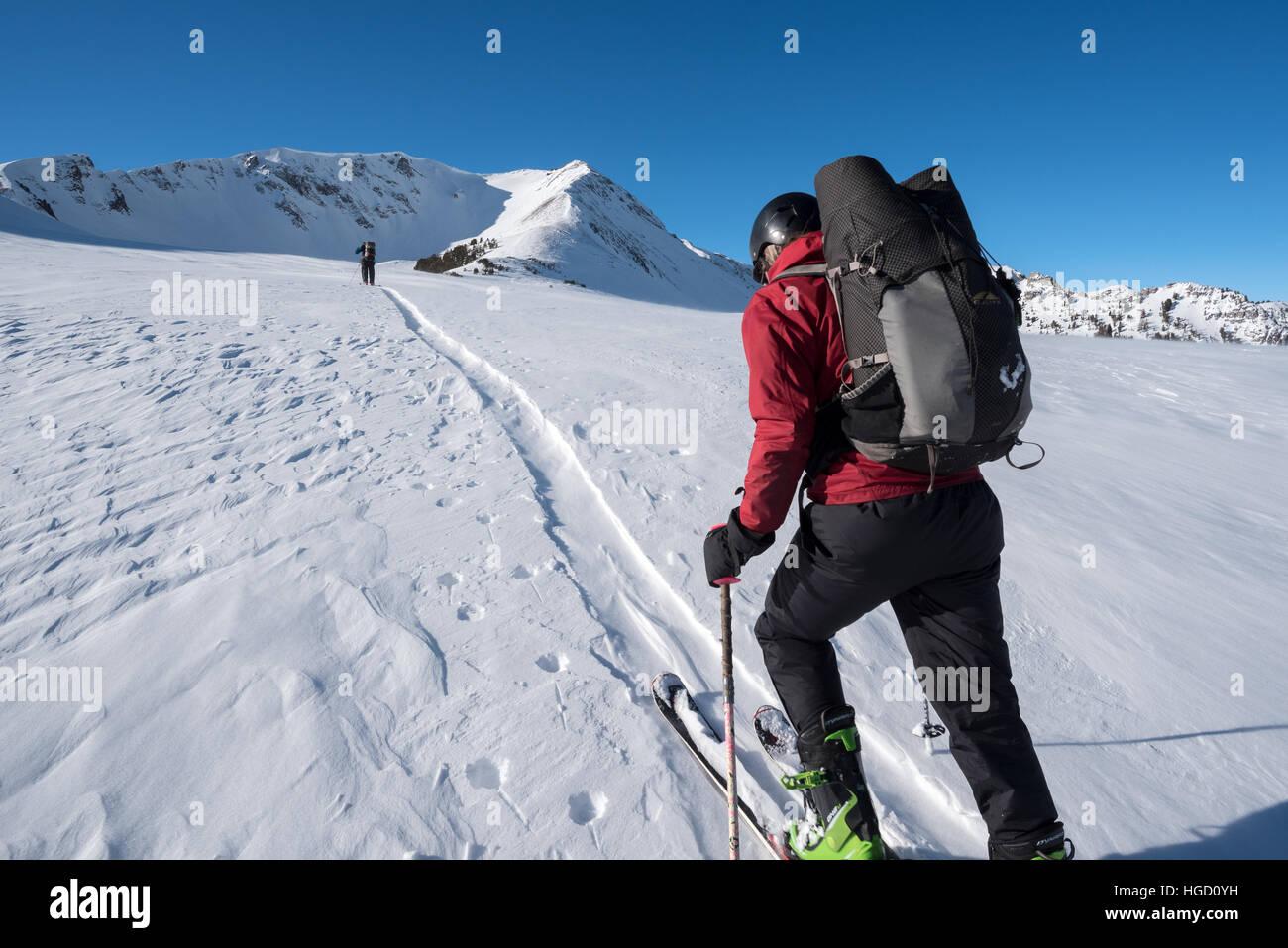 Backcountry skiing in Oregon's Wallowa Mountains. - Stock Image
