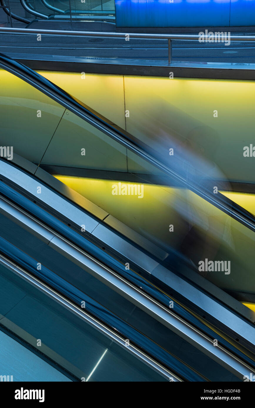 Zürich, escalator at main train station - Stock Image