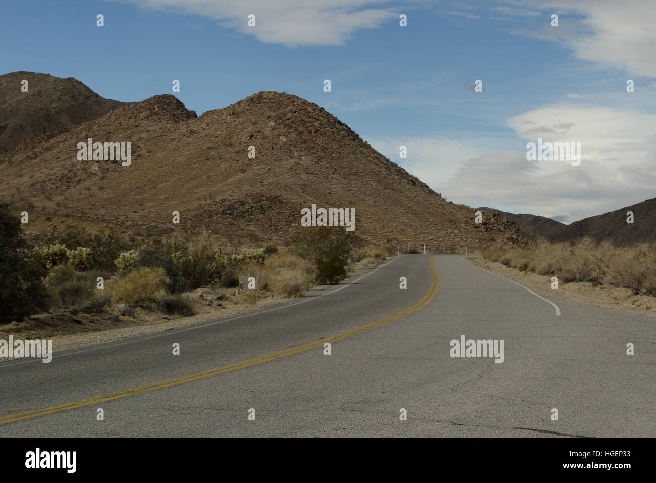 Joshua Tree National Park, roadway, from the southern entrance - Stock Image