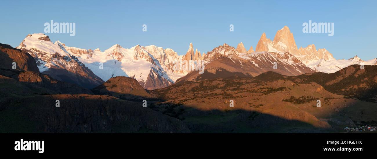 View over Mount Fitz Roy and Cerro Torre at sunrise from Mirador de los Condores, El Chalten, Patagonia, Argentina - Stock Image