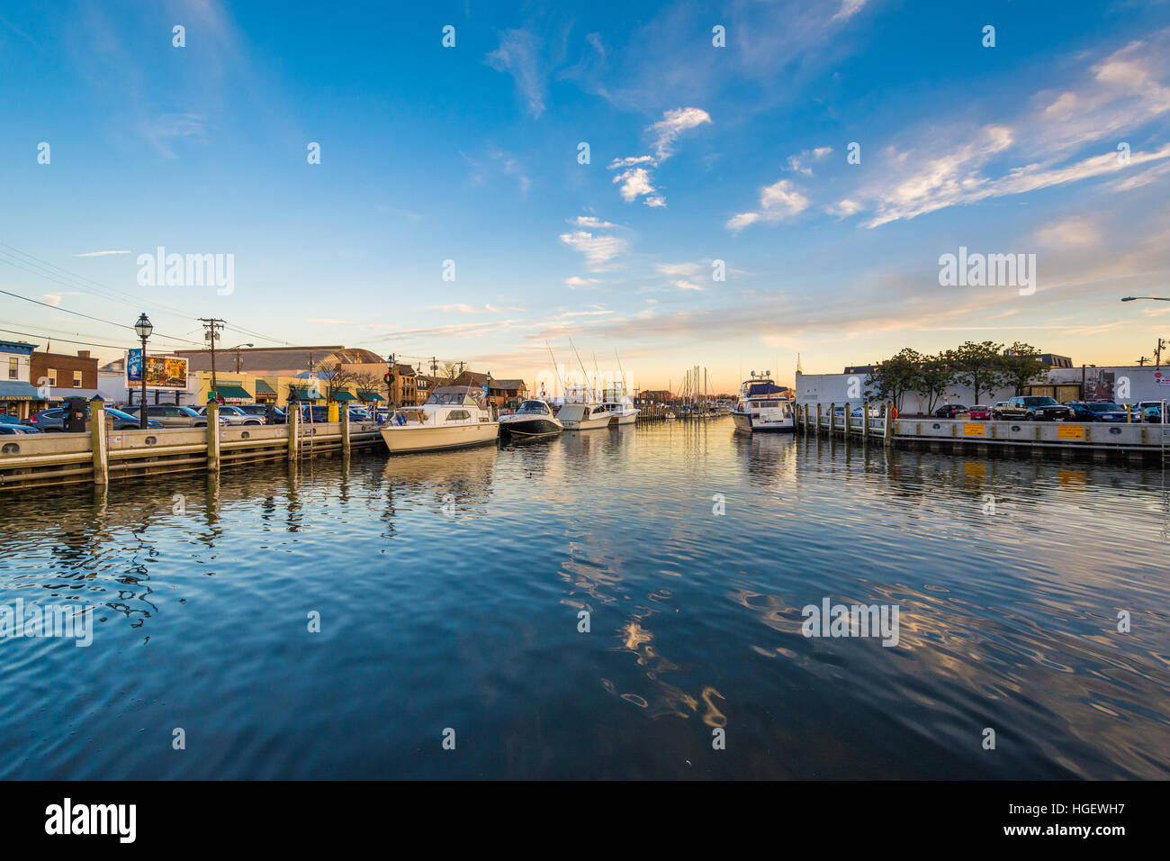 The waterfront at sunset, in Annapolis, Maryland. - Stock Image