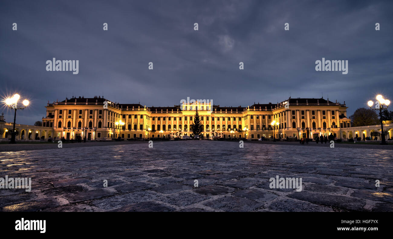 Schönbrunn Palace at Night in Vienna, Austria - Stock Image