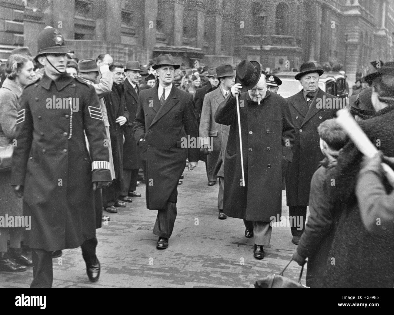 Churchill in City of London 1941.  Inspector Thompson on his right - Stock Image