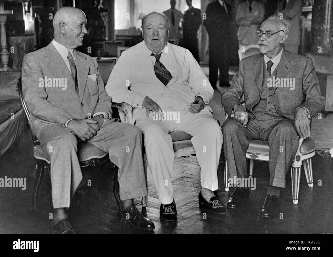Dwight Eisenhower, Winston Churchill and Jan Smuts at the British Embassy,Cairo - Stock Image