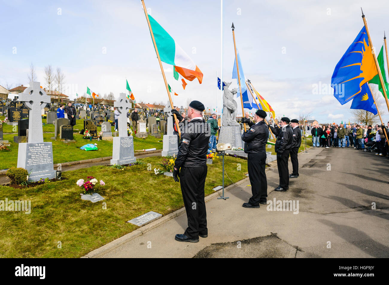 Republicans remember the 1916 Easter Uprising, Derry City Cemetery, Londonderry. - Stock Image
