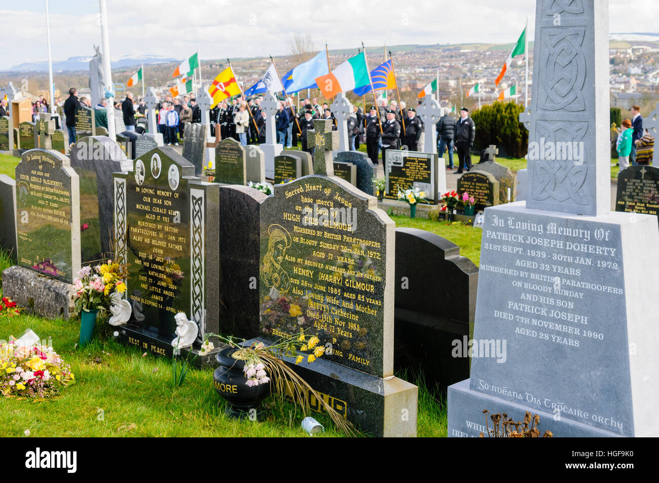 Republicans remember the 1916 Easter Uprising, Derry City Cemetery, Londonderry.  Graves of two victims of Bloody - Stock Image