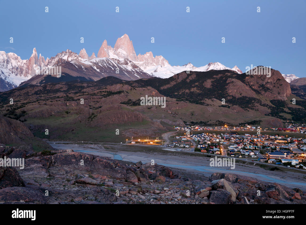 View over Mount Fitz Roy and Cerro Torre with town of El Chalten, El Chalten, Patagonia, Argentina, South America - Stock Image