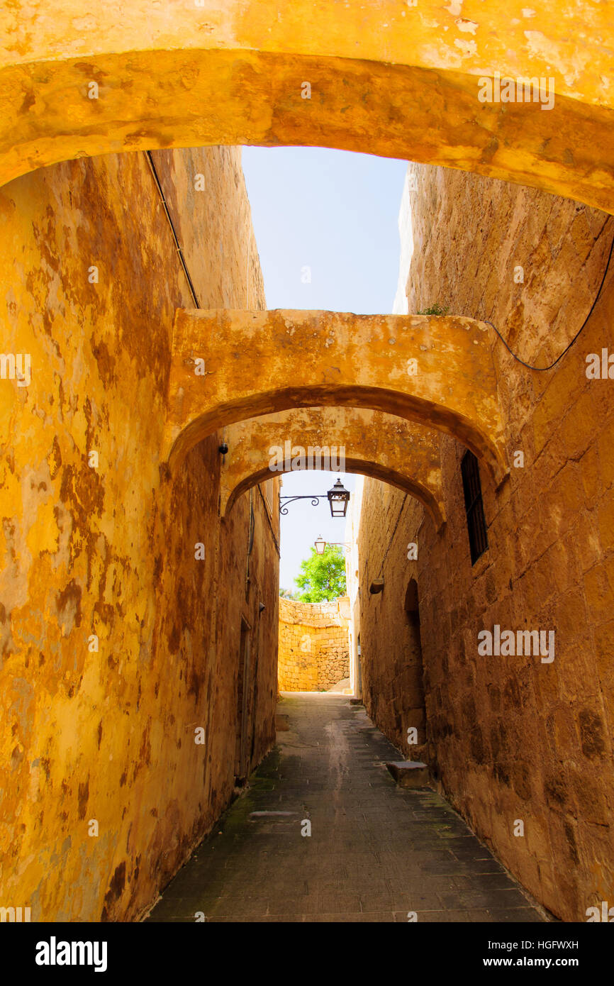 An Alley in the old city of Victoria, Gozo Island, Malta - Stock Image